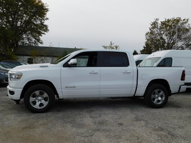 2019 Ram 1500 Crew Cab 4x4,  Pickup #419068 - photo 5