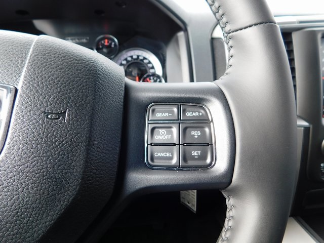 2019 Ram 1500 Crew Cab 4x4,  Pickup #419072 - photo 15