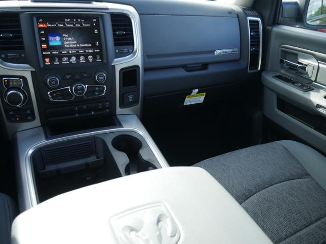 2017 Ram 1500 Crew Cab 4x4 Pickup #N180095 - photo 7
