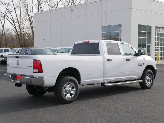 2017 Ram 3500 Crew Cab 4x4 Pickup #N180425 - photo 2