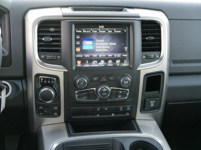 2017 Ram 1500 Crew Cab 4x4, Pickup #N180457 - photo 7