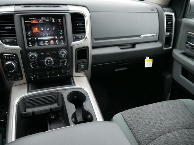 2017 Ram 1500 Crew Cab 4x4 Pickup #N18613 - photo 7