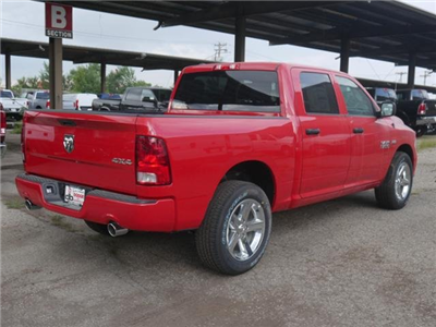 2017 Ram 1500 Crew Cab 4x4 Pickup #N18939 - photo 2
