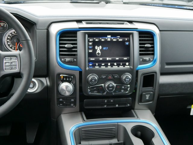 2018 Ram 1500 Crew Cab 4x4 Pickup #N28115 - photo 7