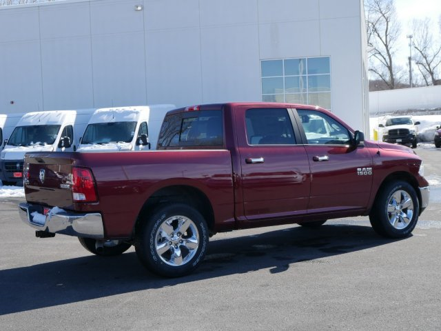 2018 Ram 1500 Crew Cab 4x4, Pickup #N28231 - photo 2