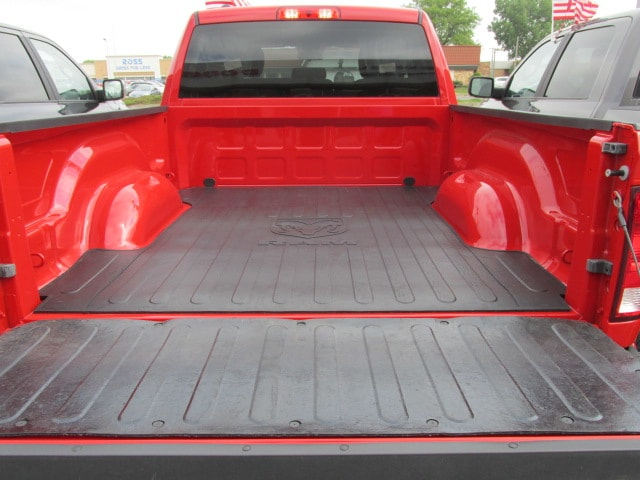 2017 Ram 1500 Quad Cab 4x4 Pickup #7D0580 - photo 5