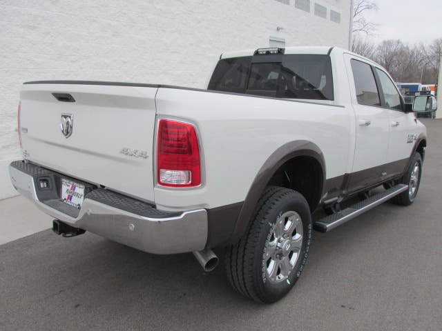 2018 Ram 2500 Crew Cab 4x4, Pickup #8D0303 - photo 2