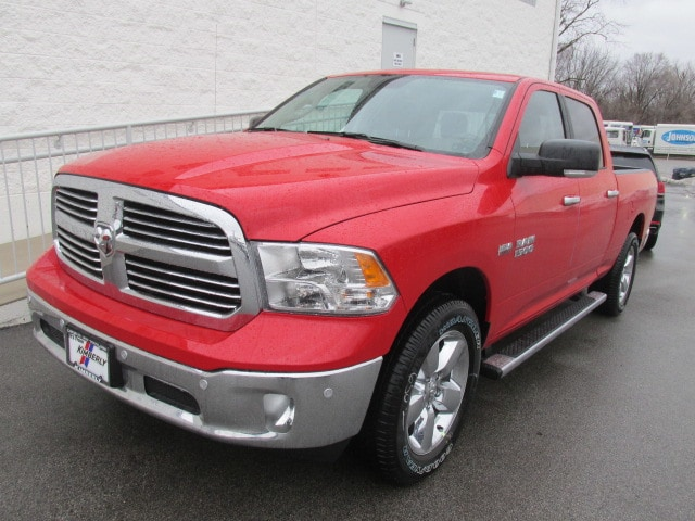 2018 Ram 1500 Crew Cab 4x4, Pickup #8D0318 - photo 7