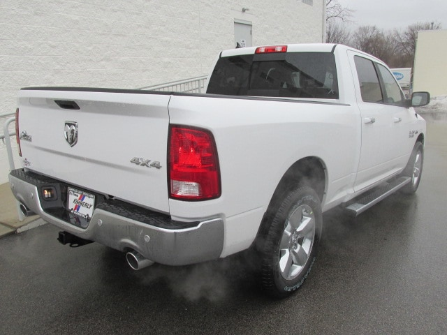 2018 Ram 1500 Crew Cab 4x4, Pickup #8D0338 - photo 2