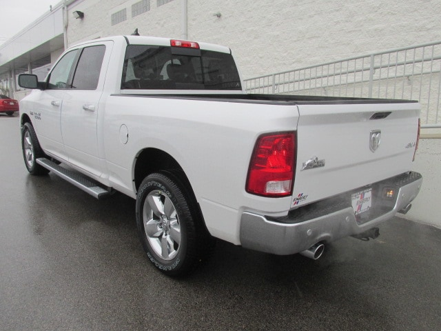 2018 Ram 1500 Crew Cab 4x4, Pickup #8D0338 - photo 5