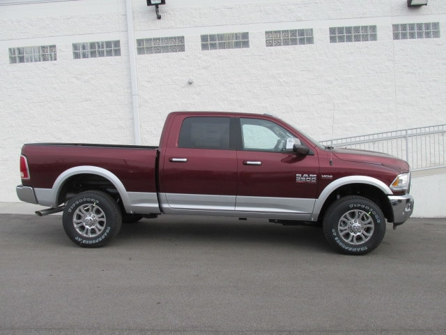 2018 Ram 2500 Crew Cab 4x4, Pickup #8D0354 - photo 3