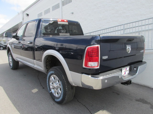 2018 Ram 2500 Crew Cab 4x4, Pickup #8D0356 - photo 4