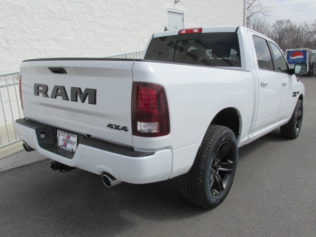 2018 Ram 1500 Crew Cab 4x4, Pickup #8D0575 - photo 2