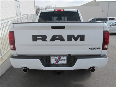 2018 Ram 1500 Crew Cab 4x4, Pickup #8D0575 - photo 3