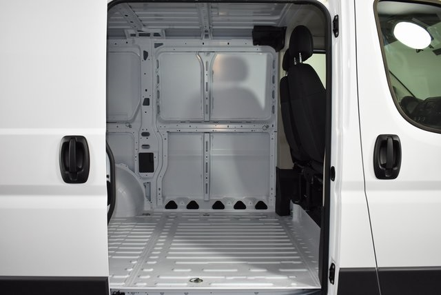 2018 ProMaster 1500 Standard Roof FWD,  Empty Cargo Van #M181154 - photo 28