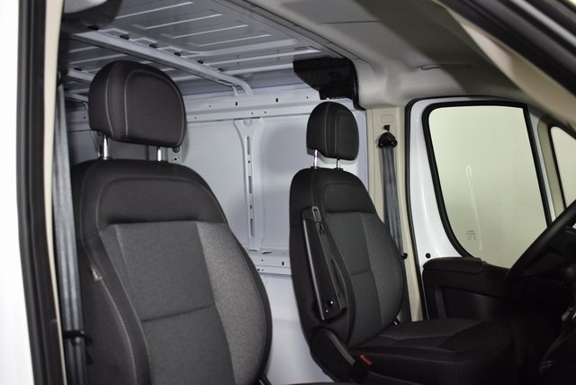 2018 ProMaster 1500 Standard Roof FWD,  Empty Cargo Van #M181154 - photo 30