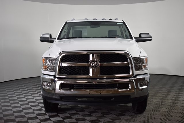 2018 Ram 3500 Regular Cab DRW 4x4,  Cab Chassis #M181276 - photo 8