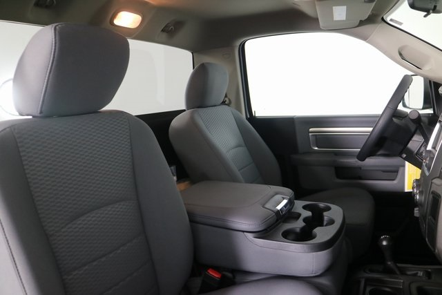 2018 Ram 3500 Regular Cab DRW 4x4,  Cab Chassis #M181326 - photo 22