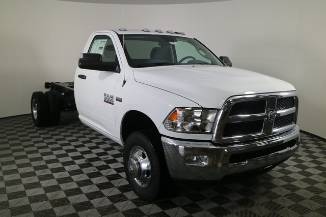 2018 Ram 3500 Regular Cab DRW 4x4,  Cab Chassis #M181326 - photo 7