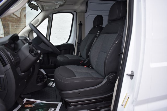 2018 ProMaster 2500 High Roof FWD,  Empty Cargo Van #M181352 - photo 11