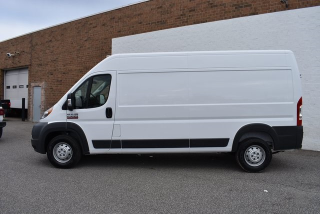 2018 ProMaster 2500 High Roof FWD,  Empty Cargo Van #M181352 - photo 3