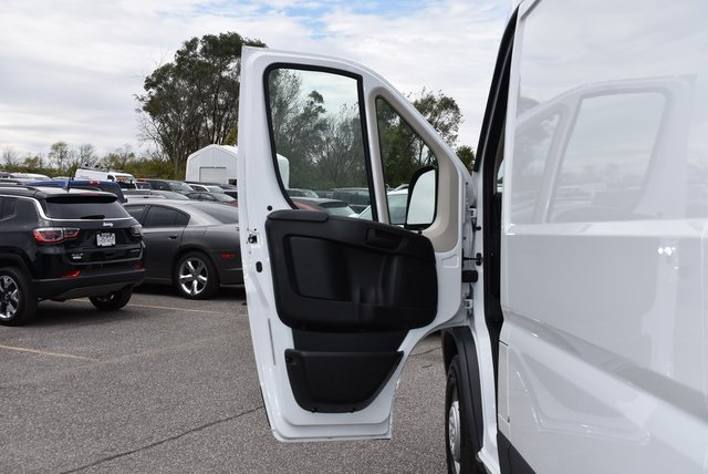 2018 ProMaster 2500 High Roof FWD,  Empty Cargo Van #M181352 - photo 26