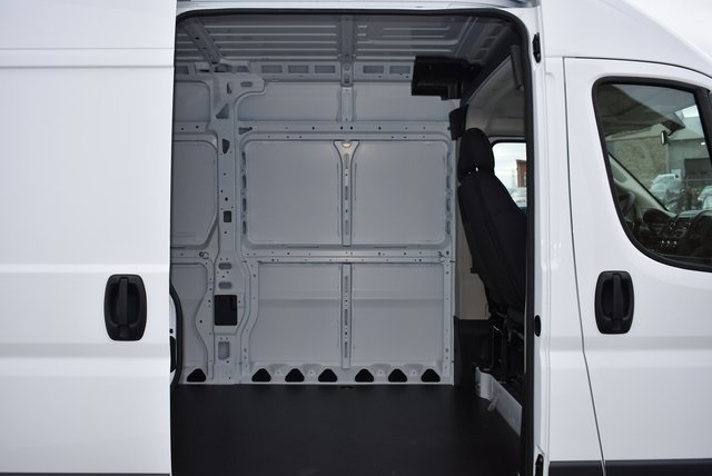 2018 ProMaster 2500 High Roof FWD,  Empty Cargo Van #M181352 - photo 28