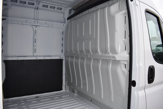 2018 ProMaster 3500 High Roof FWD,  Empty Cargo Van #M181365 - photo 2