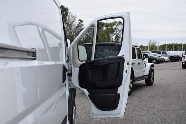 2018 ProMaster 3500 High Roof FWD,  Empty Cargo Van #M181365 - photo 26