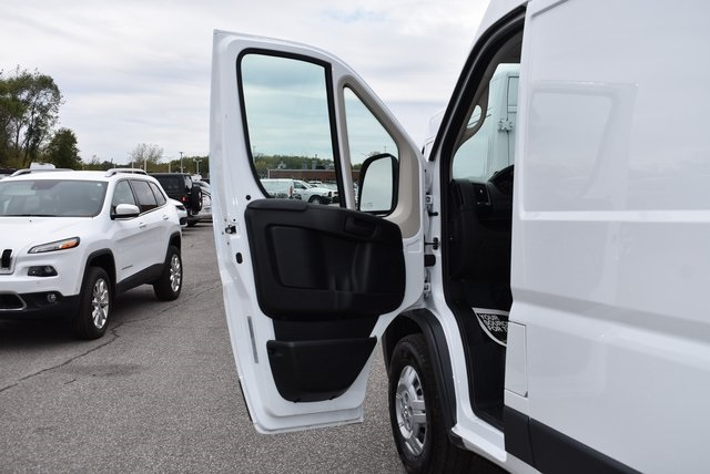 2018 ProMaster 3500 High Roof FWD,  Empty Cargo Van #M181367 - photo 23