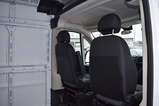 2018 ProMaster 2500 High Roof FWD,  Empty Cargo Van #M181379 - photo 25