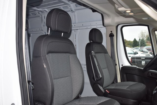 2018 ProMaster 2500 High Roof FWD,  Empty Cargo Van #M181379 - photo 26