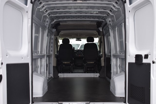 2018 ProMaster 2500 High Roof FWD,  Empty Cargo Van #M181379 - photo 2