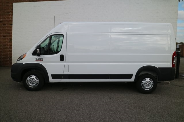2018 ProMaster 3500 High Roof FWD,  Empty Cargo Van #M181381 - photo 3