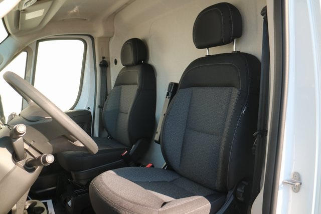 2018 ProMaster 3500 High Roof FWD,  Empty Cargo Van #M181382 - photo 9