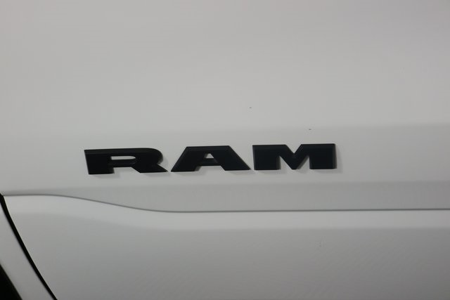 2019 Ram 1500 Crew Cab 4x4,  Pickup #M19255 - photo 9