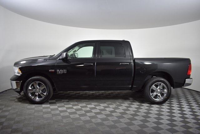 2019 Ram 1500 Crew Cab 4x4,  Pickup #M19321 - photo 3
