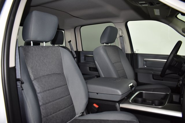 2019 Ram 1500 Crew Cab 4x4,  Pickup #M19380 - photo 33
