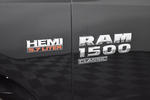 2019 Ram 1500 Crew Cab 4x4,  Pickup #M19411 - photo 10