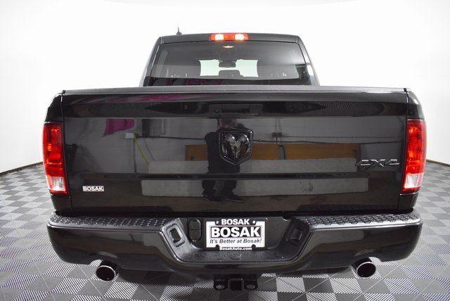 2019 Ram 1500 Crew Cab 4x4,  Pickup #M19435 - photo 4