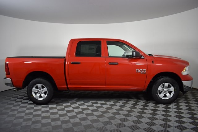 2019 Ram 1500 Crew Cab 4x4,  Pickup #M19469 - photo 6