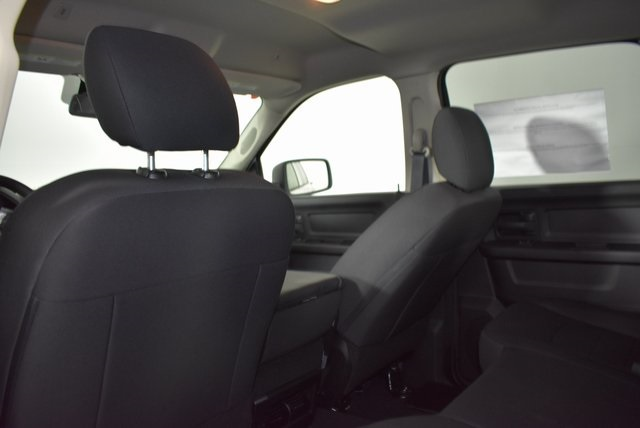 2019 Ram 1500 Crew Cab 4x4,  Pickup #M19505 - photo 25