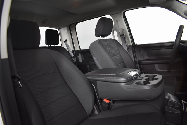2019 Ram 1500 Crew Cab 4x4,  Pickup #M19505 - photo 31