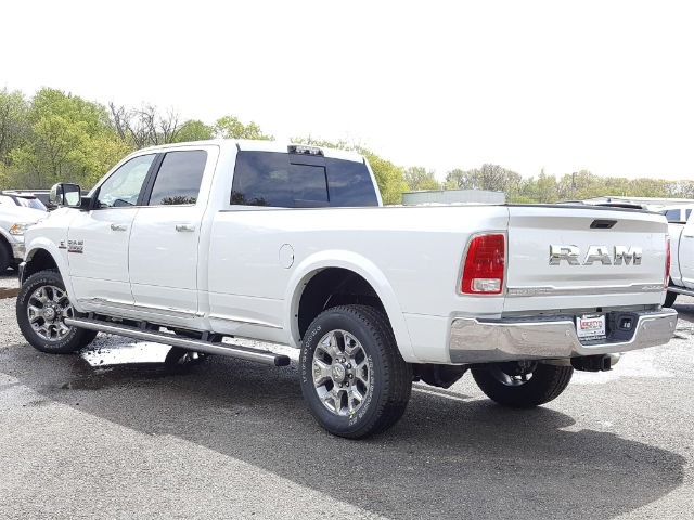 2017 Ram 3500 Crew Cab 4x4, Pickup #617225 - photo 4