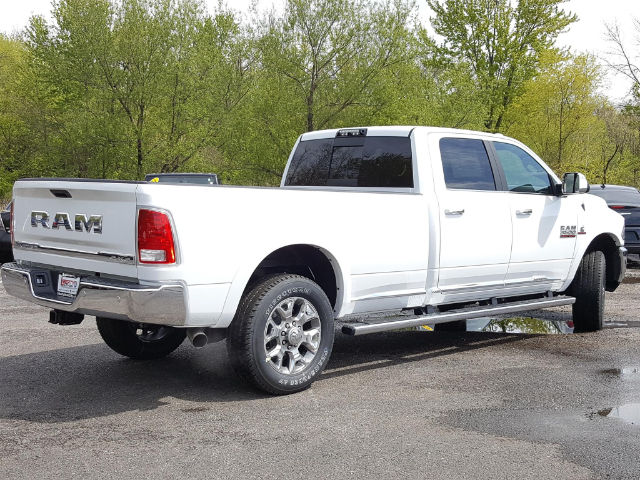 2017 Ram 3500 Crew Cab 4x4, Pickup #617225 - photo 2