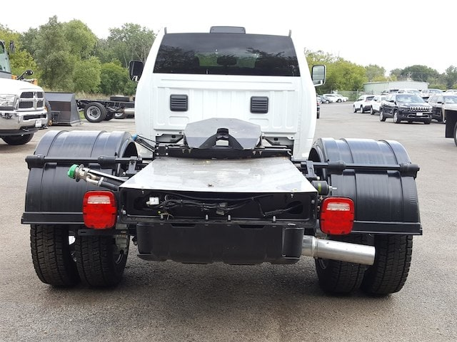 2017 Ram 5500 Crew Cab DRW Cab Chassis #617280 - photo 10