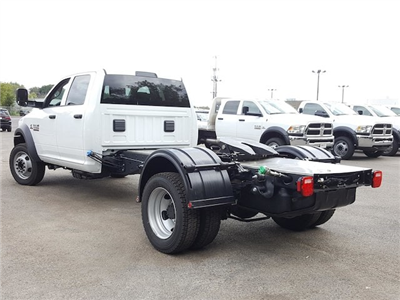 2017 Ram 5500 Crew Cab DRW Cab Chassis #617280 - photo 7