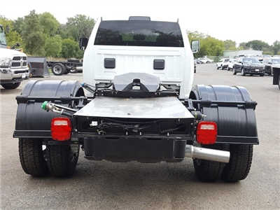 2017 Ram 5500 Crew Cab DRW Hauler Body #617280 - photo 5