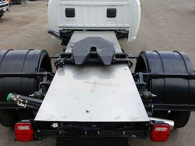 2017 Ram 5500 Crew Cab DRW Cab Chassis #617284 - photo 8