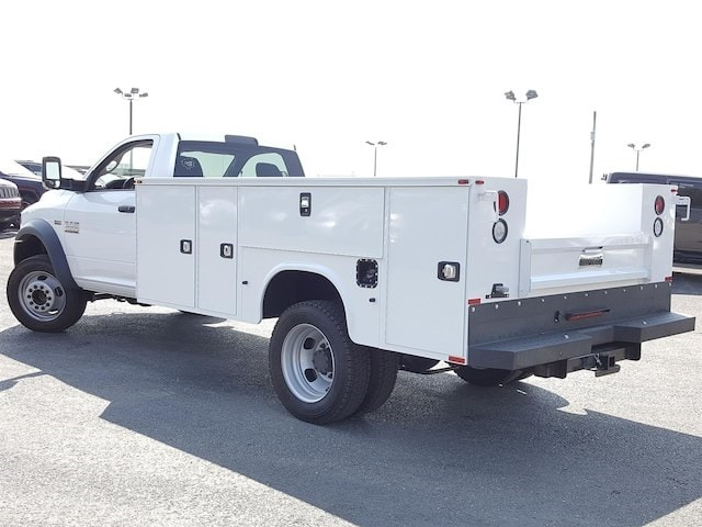 2017 Ram 4500 Regular Cab DRW, Knapheide Standard Service Body #617285 - photo 4